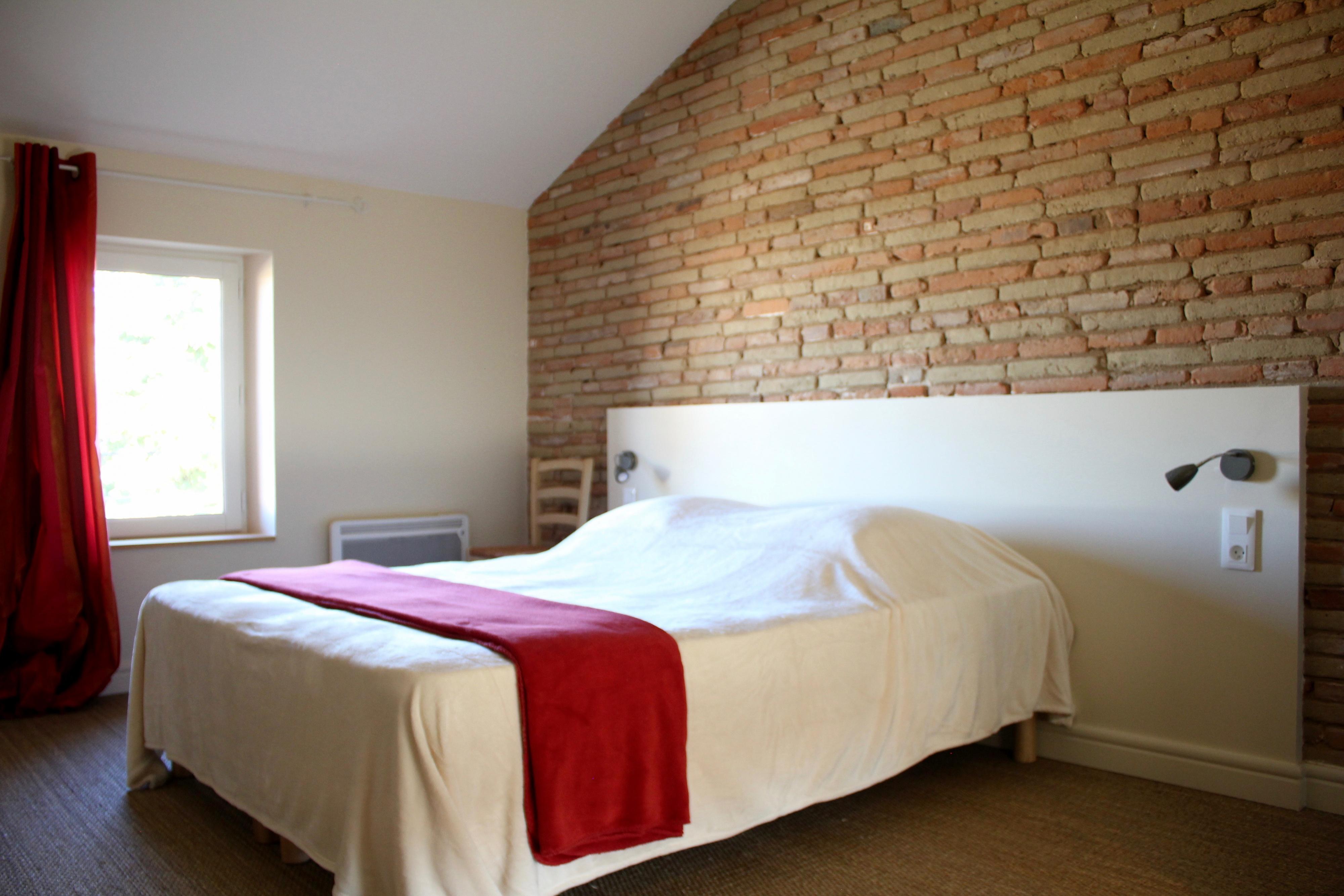 chambre-gite-de-groupe-manzana-golden-tarn-et-garonne-receptions-chateau-lavalade