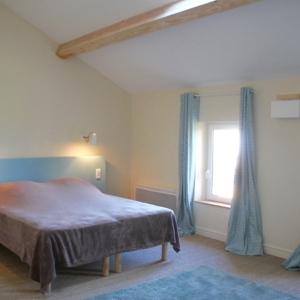 chambre-gite-de-groupe-manzana-granny-receptions-chateau-lavalade-tarn-et-garonne