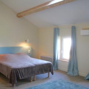 "chambre-""Granny""gite-manzana-chateau-lavalade-tarn-et-garonne"