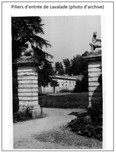Piliers d'entrée de Lavalade (photo d'archives)