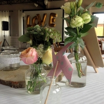 fleurs-tables-idees-deco-chateau-lavalade