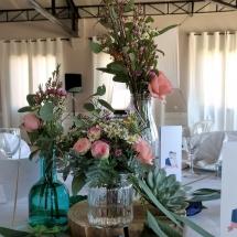 deco-tables-fleurs-couleurs-mariage-12-août-chateau-lavalade