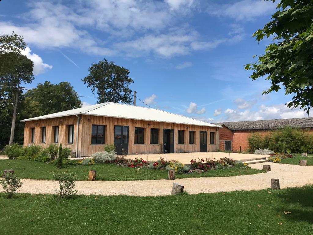 salle-de-reception-cantina-chateau-lavalade-tarn-et-garonne